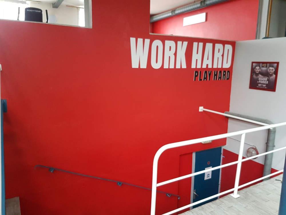 Signalétique en lettres découpées PVC pour une salle de sport sur Mâcon